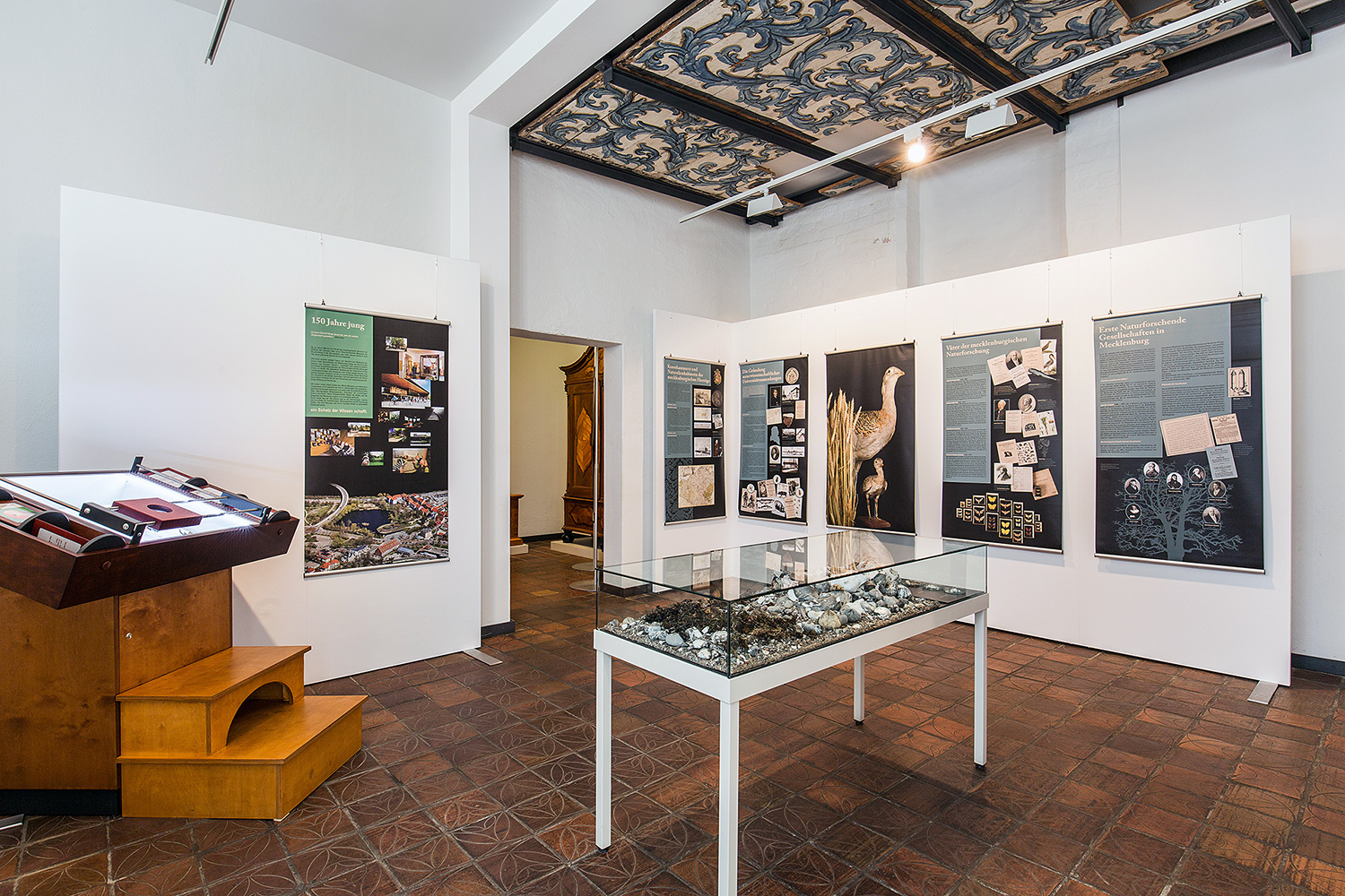 A special exhibition at the Kulturhistorisches Museum in Rostock was equipped with Mila-wall Acoustic.